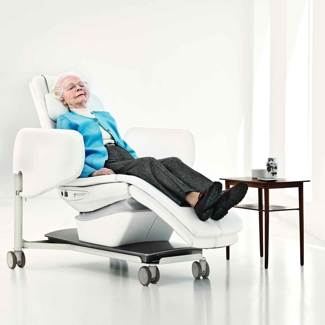 arjo-wellness-nordic-relax-chair-home-banner-dementia-